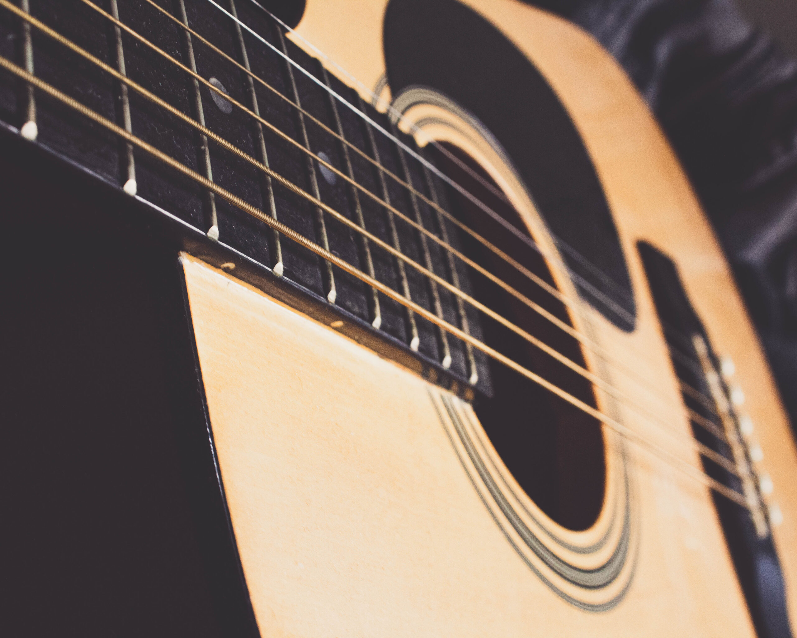 24-9-2020-Paul-Jackson-Photography-Acoustic-Guitar